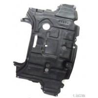 Carter protection moteur central Toyota Yaris 2011 à 2014 diesel Lucana Pare-chocs et Accessoires