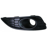 Right grille front bumper for ford fiesta 2013 onwards with fog hole Lucana Bumper and accessories